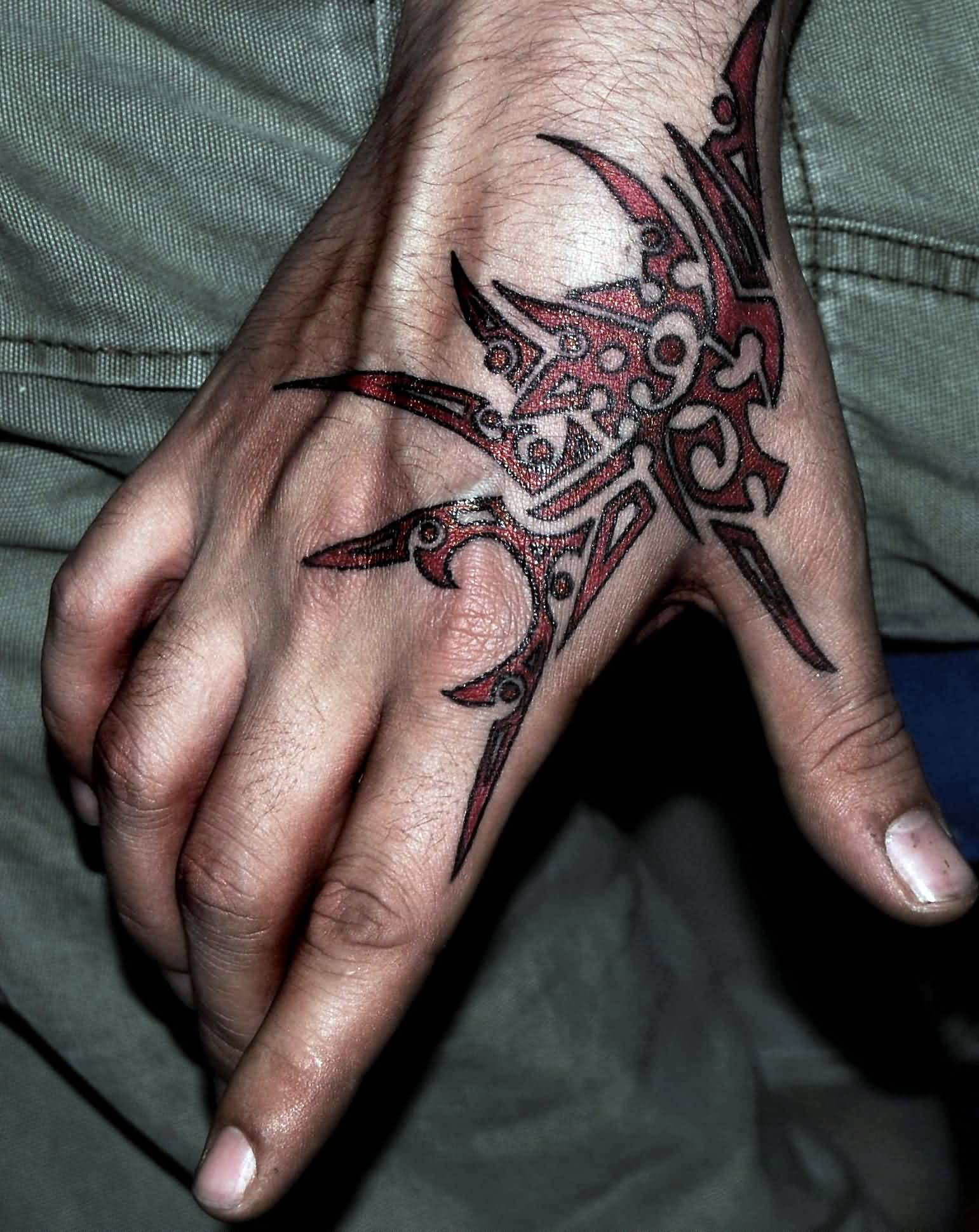 31 Simple Tribal Tattoo Designs For Hand