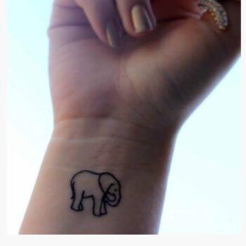 50 Classy Tattoos Design On Wrist for Girls