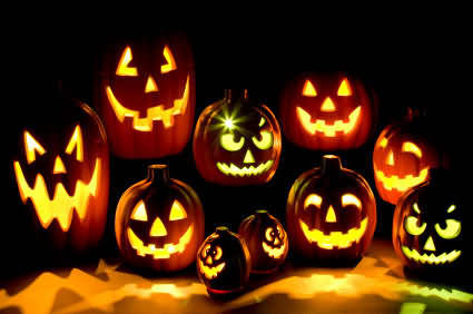 Looking That Halloween Pumkin