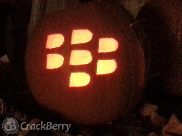 Looking Blackberry Pumkin Halloween Day 2020