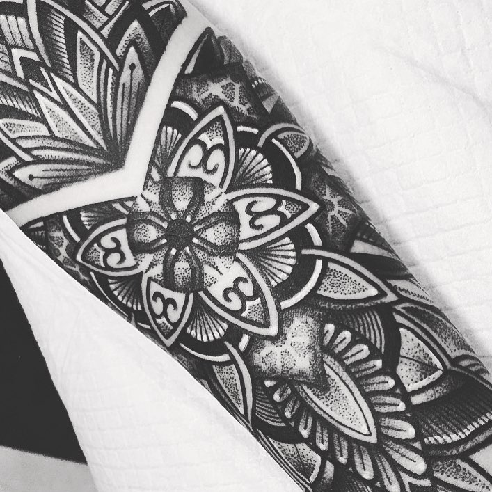 Arm Mandala Tattoo Designs (9)