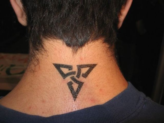Cool Neck Tattoo Idea For A Neck